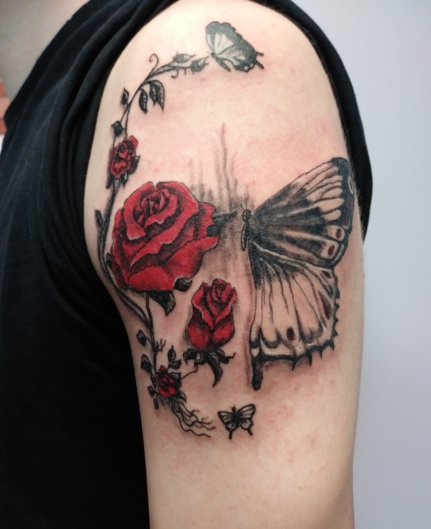 bonnies-sons-butterfly-and-roses-skull.jpg